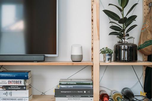 Amazon y otras plataformas han sacado sus propios Asistentes de Voz, tratando de aprovechar la que parece ser la nueva tendencia de las búsquedas